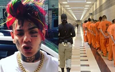 Tekashi 6ix9ine skončil vo väznici, kde sedeli teroristi či mafiánski bossovia. Nemá v nej žiadne špeciálne výhody