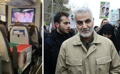 Tělesné ostatky íránského generála Solejmáního cestovaly běžnou leteckou linkou. Ležely na sedadlech v třídě economy
