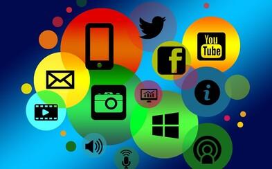 Téměř polovina Čechů používá sociální sítě. Oproti tomu přibližně čtvrtina  domácností vůbec nedisponuje připojením k internetu