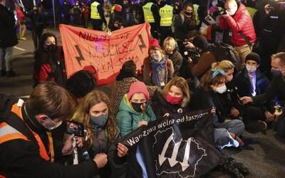 Téměř úplný zákaz interrupcí. Poláci jsou kvůli zpřísnění zákona opět v ulicích