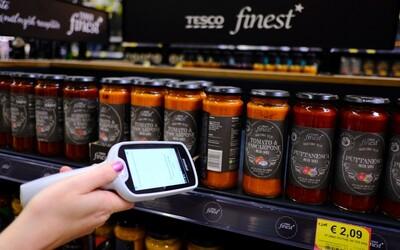 Tesco posúva nakupovanie o level vyššie, vďaka novej službe budeme môcť blokovať už v nákupnom vozíku