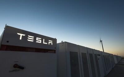 Tesla dokončila výstavbu najväčšej batérie na svete. Energetický systém poskytne šťavu tisíckam domácností