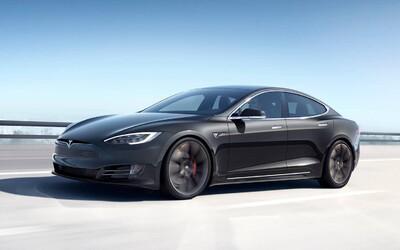 Tesla hlási nový rekord. Model S je prvý elektromobil na svete s dojazdom cez 400 míľ