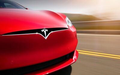 Tesla predĺžila na diaľku dojazd svojich elektromobilov, aby pomohla majiteľom vyhnúť sa hurikánu Irma