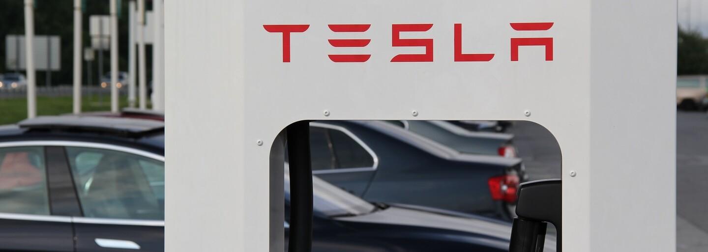 Tesla zdvojnásobí počet nabíjacích staníc po celom svete. Rozvoj infraštruktúry je prioritou automobilky
