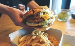 TEST: Ktorý vegetariánsky burger chutí najlepšie?