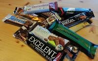TEST: Ochutnali sme 15 proteínových tyčiniek. Ktorú sme museli vypľuť?