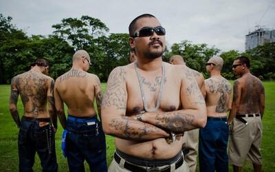 Thajsko ovládají mírumilovné gangy drsných chlapů inspirovaných mexickými gangstery