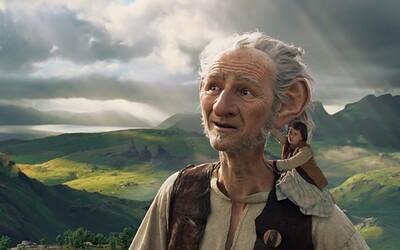 The BFG je ďalším dôkazom, že tohtoročné blockbustery za veľa nestoja, uťal sa totiž aj Spielberg (Recenzia)