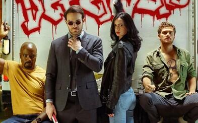 The Defenders sú poslednou záchranou New Yorku pred mocným zlom. Sledujte perfektný trailer plný akcie, emócií a skvelej chémie