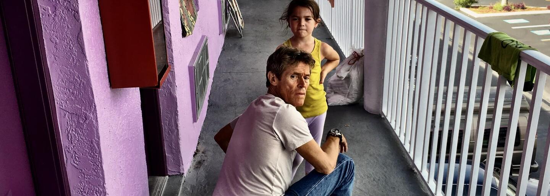 The Florida Project s Willemom Dafoeom bude rozprávať príbeh z pohľadu detí. Podmanivý trailer láka na pohodovú poctu detským rokom