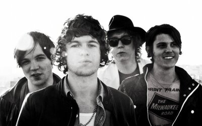 The Kooks s novým videom k blížiacemu sa albumu
