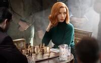 The Queen's Gambit nedostane 2. sériu. Tvorcovia seriál pochovali, lebo sa boja, že by ho pokračovaním nasilu pokazili