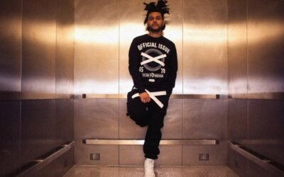 The Weeknd s vlastnou Official Issue XO kolekciou merchu