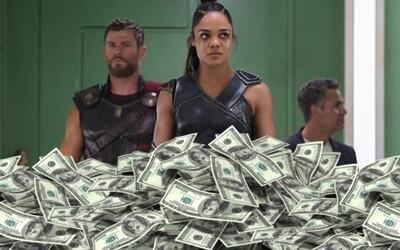 Thor: Ragnarok zesměšnil Vraždu v Orient expresu a už po dvou týdnech se stává nejziskovějším filmem celé série