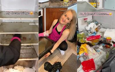 Tiktokerka Auri zadarmo uklízí domácnosti v hrozivém stavu. Pomáhá tak lidem, kteří na to nestačí nebo mají duševní problémy
