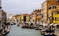 Tip na levný výlet do zahraničí: Prozkoumej tajemné benátské uličky nebo strašidelnou kryptu, kde si svítíš jenom svíčkou