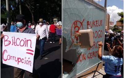 Tisíce lidí v Salvadoru protestovaly proti Bitcoinu jako oficiálnímu platidlu. Podpálily i bitcoinový bankomat