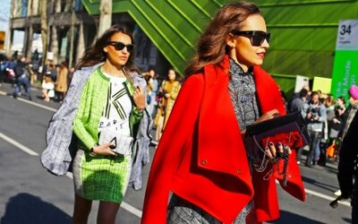 To najlepšie z ulíc počas parížskeho týždňa módy