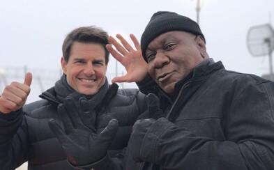 Tom Cruise a Ving Rhames sa opäť stretávajú pri práci na Mission Impossible. Šiesty diel sa navyše odhaľuje ďalšou porciou fotografií z natáčania