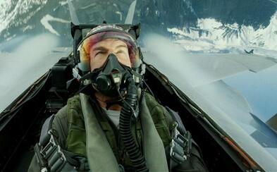 Tom Cruise aj ostatní herci lietali na natáčaní Top Gun 2 v skutočných stíhačkách. Dostávali závrate aj nevoľnosti
