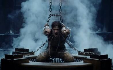 Tom Cruise bojuje v megalomanskom akčnom traileri s novodobou Múmiou s telom bohyne