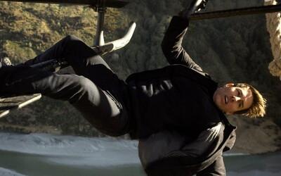 Tom Cruise prezradil, akým kaskadérskym kúskom prekonal v Mission: Impossible - Fallout bláznivé pripnutie za nákladné lietadlo