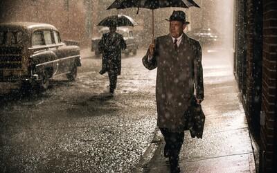 Tom Hanks si pýta Oscara v Spielbergovom vojnovom thrilleri Most špiónov