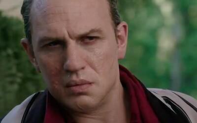 Tom Hardy je Al Capone. Nový gangsterský film se chlubí úžasným trailerem a květnovým datem premiéry