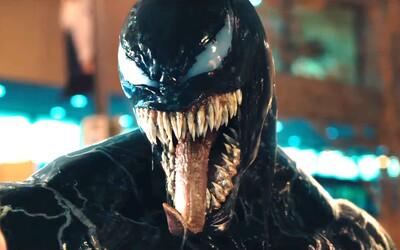 Tom Hardy to jako Venom konečně naplno rozbalil! V parádním traileru nebere na nikoho ohledy