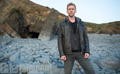 Tom Hiddleston sa rozhodne pre pomstu, pridá sa k rozviedke a vyskúša si prácu v utajení