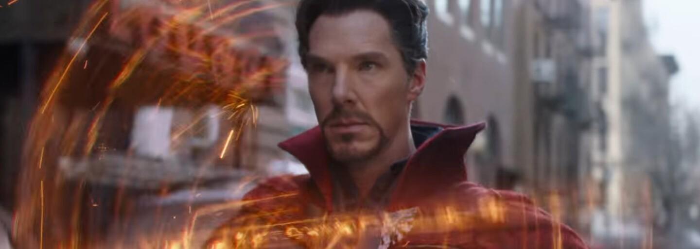 Tom Holland počas rozhovorov niekoľkokrát takmer vyzradil spoilery pre Infinity War. Zakaždým ho musel zastaviť Benedict Cumberbatch