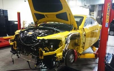 Top Gear je zpět a opět šokuje. Známá trojice zničila tři nové sportovní automobily!