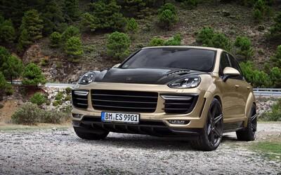 TopCar o sobě dává opět vědět, tentokrát přináší zlaté Porsche Cayenne Turbo se 600 koňmi