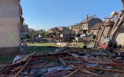Tornádo na Moravě: Hasiči již prohledali všechny budovy, pod sutinami nikdo nebyl