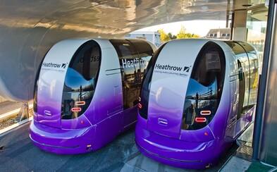Toto jsou první bezpilotní automobily v Londýně. A můžete se s nimi svézt i vy!