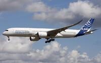 Toto lietadlo treba každých 149 hodín vypnúť a zapnúť, aby mohlo ďalej lietať. Airbusy sa zbavujú softvérovej chyby