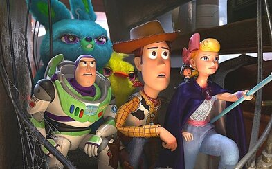 Toy Story 4 tě emocionálně rozdrtí. Nádherný animák vyniká ve všem a dokáže i rozesmát (Recenze)