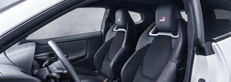 Toyota vyráží dech extrémním Yarisem. Má nejsilnější tříválec na světě a pohon všech čtyř kol