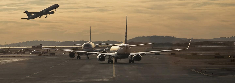 Tragédia na Zlatých pieskoch: Plne obsadené lietadlo sa zrútilo na vodnú hladinu, havária si vyžiadala desiatky obetí