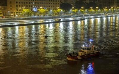 Tragická nehoda na Dunaji si vyžiadala najmenej 7 obetí. Video zachytáva moment, keď do seba plavidlá v Budapešti vrazili