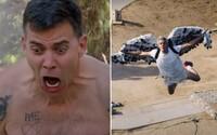 Trailer na Jackass 4: obliali ho medom, privolali medveďa a dali sa pohrýzť hadom do tváre