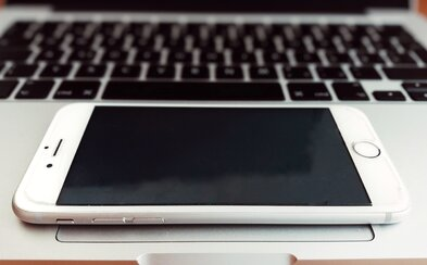 Transformovať iPhone na MacBook? Vďaka novému patentu Applu možno už čoskoro