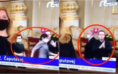 Trapas počas príhovoru prezidentky: Pred tlmočníkom do posunkovej reči sa motali zmätení Kotleba a Biháriová