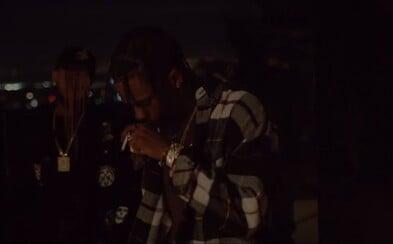 Travis Scott čeká už jen na vytouženou dívku ve videu k jeho čerstvému bangeru