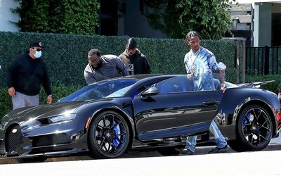 Travis Scott si na narodeniny podaroval luxusné Bugatti Chiron v hodnote 3 miliónov dolárov