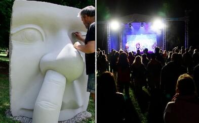 Trenčianske Teplice žili festivalom ART IN PARK. 14 moderných umeleckých diel nám ukázalo slasti moderného života a došli aj Bad Karma Boy