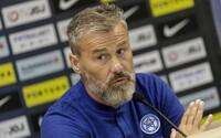 Tréner slovenskej futbalovej reprezentácie Pavel Hapal má koronavírus. Okrem neho aj ďalší členovia tímu