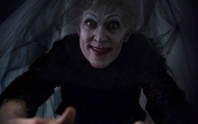 Třetí pokračování démonického Insidious tě zaručeně vystraší až do morku kostí (Recenze)
