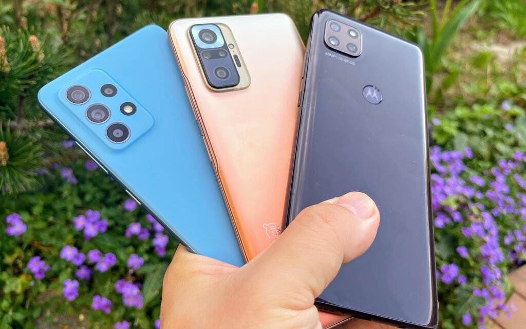 Tri mobily za tri stovky. Otestovali sme Xiaomi Redmi Note 10 Pro, Samsung Galaxy A52 a Moto G 5G
